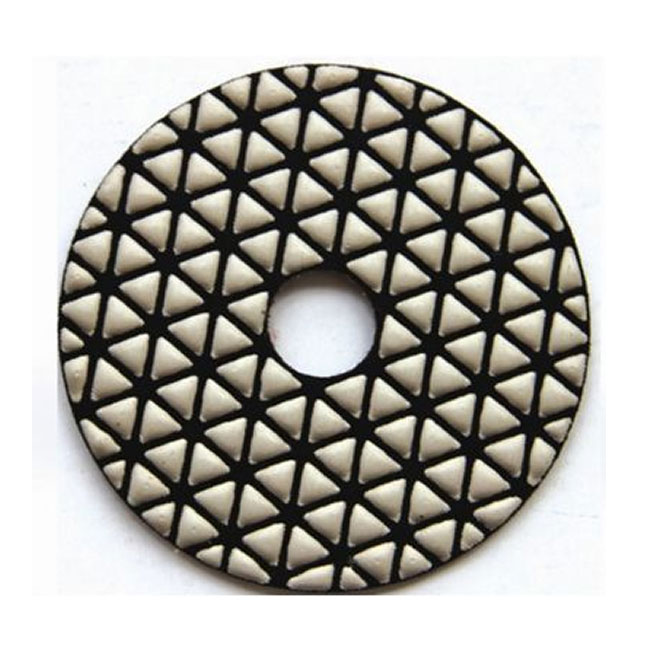 Triangle dry polishing pads